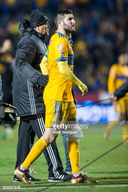 AndrePierre Gignac of Tigres is seen with ice on his knee at the end of the 2nd round match between Tigres UANL and Santos Laguna as part of the...