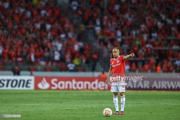 Andres D'Alessandro of Internacional gestures during the match between Internacional and Tolima as part of Copa CONMEBOL Libertadores 2020...
