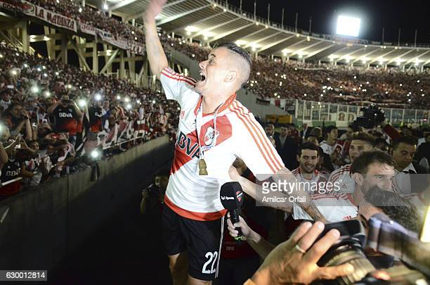 Andres D´alessandro of River Plate celebrates after a final match between River Plate and Rosario Central as part of Copa Argentina 2016 at Mario...