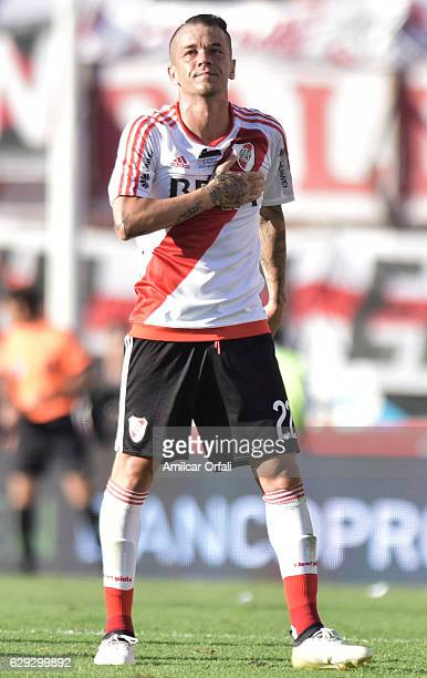 Andres D'Alessandro of River Plate greets the fans after being substituted during a match between River Plate and Boca Juniors as part of Torneo...