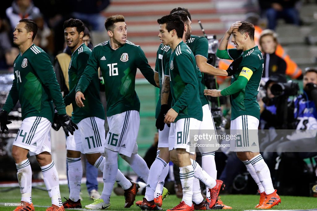 Andres Guardado of Mexico celebrates 1-1 with Javier Hernandez of Mexico, Carlos Vela of Mexico, Hector Herrera of Mexico, Hirving Lozano of Mexico during the International Friendly match between Belgium v Mexico at the Koning Boudewijnstadion on November 10, 2017 in Brussel Belgium