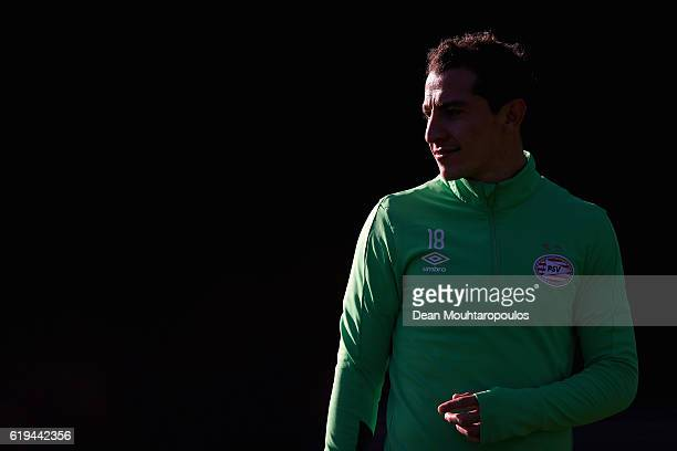 Andres Guardado of PSV warms up during the PSV Eindhoven training session held at De Herdgang on October 31 2016 in Eindhoven Netherlands PSV will...