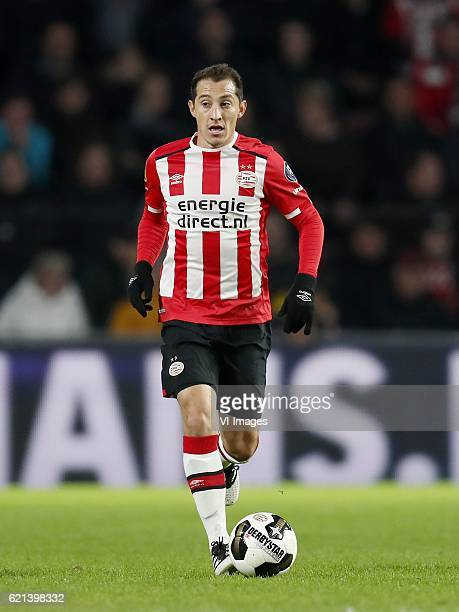 Andres Guardado of PSVduring the Dutch Eredivisie match between PSV Eindhoven and FC Twente at the Phillips stadium on November 05 2016 in Eindhoven...