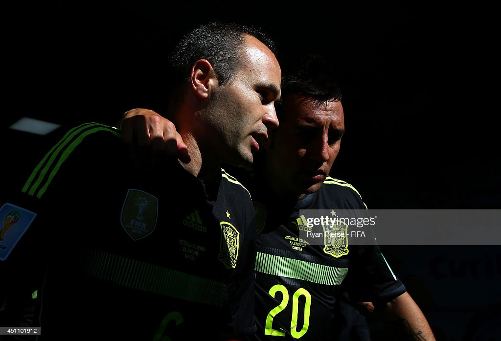 Australia v Spain: Group B - 2014 FIFA World Cup Brazil : News Photo