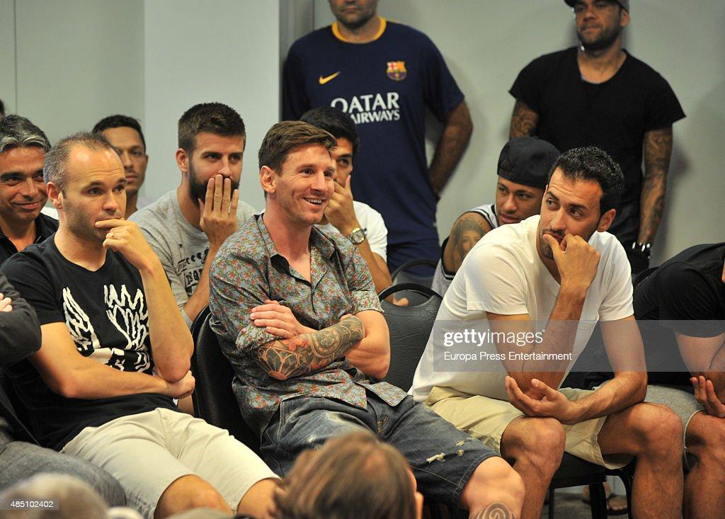 Bids Farewell to FC Barcelona : News Photo