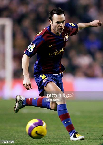 Andres Iniesta of Barcelona controls the ball during his La Liga match against Athletic at the San Mames stadium on January 27 2008 in Bilbao Spain