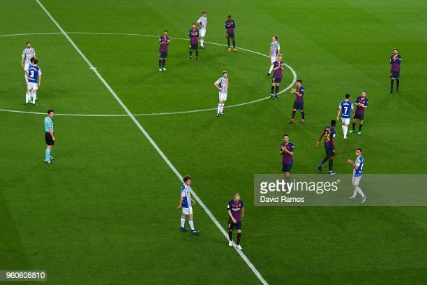 Andres Iniesta of FC Barcelona leaves the pitch during the La Liga match between Barcelona and Real Sociedad at Camp Nou on May 20 2018 in Barcelona...
