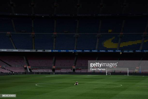 Andres Iniesta of FC Barcelona sits on the pitch at the end of La Liga match between Barcelona and Real Sociedad at Camp Nou on May 20, 2018 in...