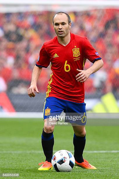Andres Iniesta of Spain runs with the ball during the UEFA EURO 2016 Group D match between Spain and Czech Republic at Stadium Municipal on June 13...