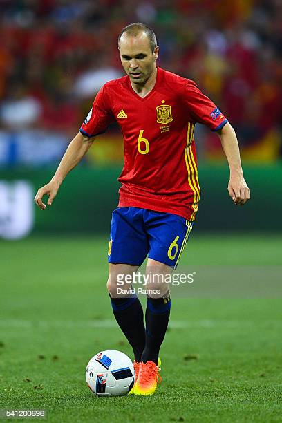 Andres Iniesta of Spain runs with the ball during the UEFA EURO 2016 Group D match between Spain and Turkey at Allianz Riviera Stadium on June 17...