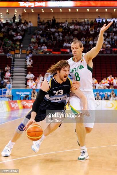 Andres Marcelo NOCIONI / Ramunas SISKAUSKAS Argentine / Lituanie Match pour la 3eme place Basketball Jeux Olympiques de Pekin 2008