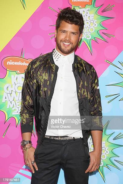 Andres Mercado arrives at Kids Choice Awards Mexico 2013 at Pepsi Center WTC on August 31 2013 in Mexico City Mexico