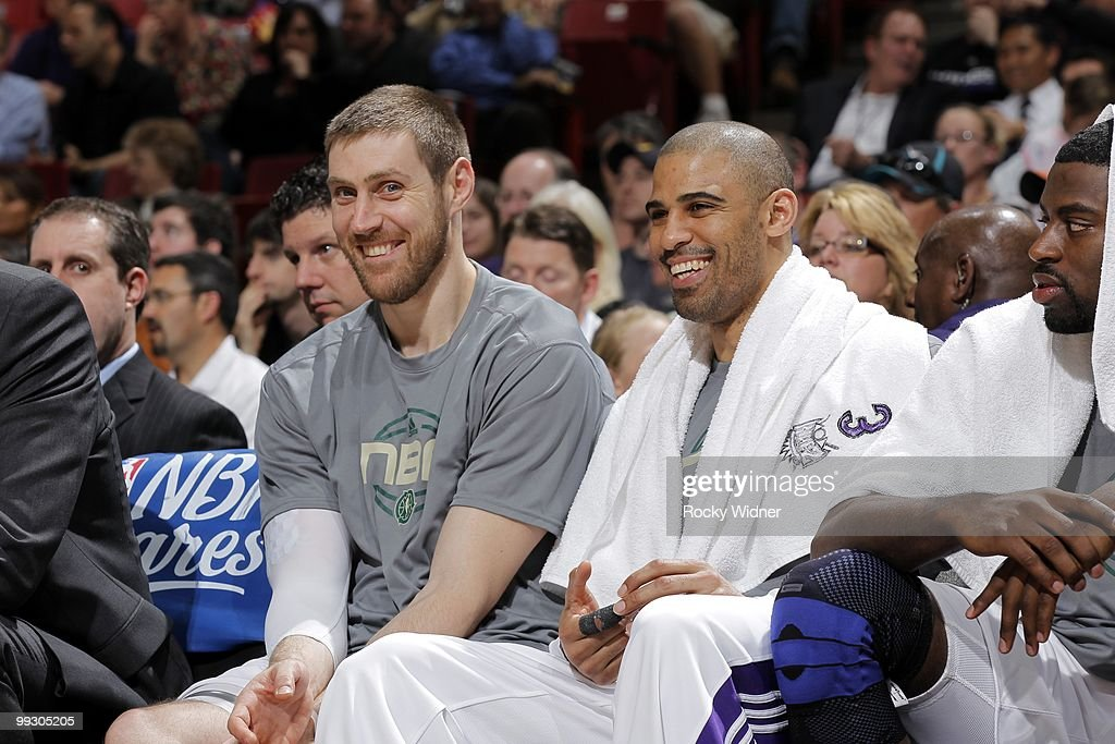 Andres Nocioni #5 and Ime Udoka #5 of the Sacramento Kings share a laugh on the bench during the game against the Los Angeles Clippers at Arco Arena on April 8, 2010 in Sacramento, California. The Kings won 116-94.