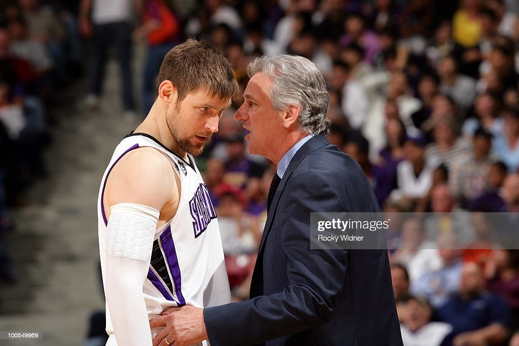 Andres Nocioni #5 listens to head coach Paul Westphal of the Sacramento Kings during the game against the Los Angeles Lakers at Arco Arena on March 16, 2010 in Sacramento, California. The Lakers won 106-99.