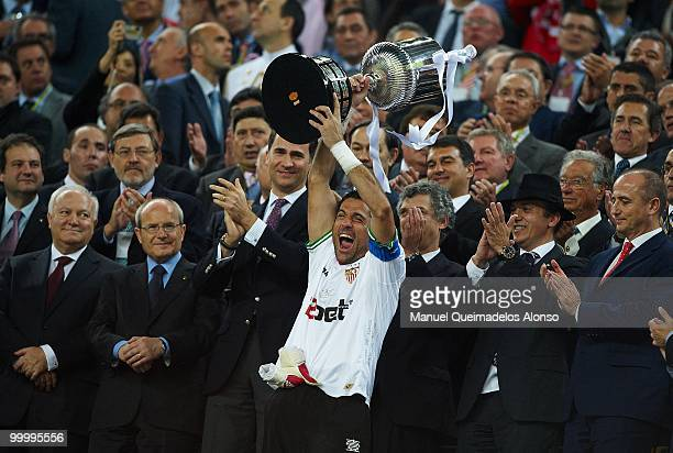 Andres Palop of Sevilla holds up the trophy after the Copa del Rey final between Atletico de Madrid and Sevilla at Camp Nou stadium on May 19 2010 in...