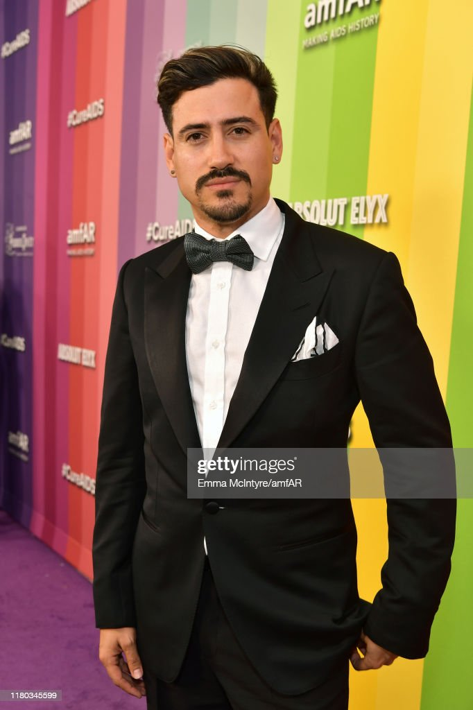 2019 amfAR Gala Los Angeles - Red Carpet : News Photo