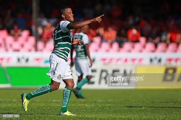 Andres Renteria of Santos Laguna celebrates after scoring the first goal of his team during a match between Veracruz and Santos Laguna as part of 1st...