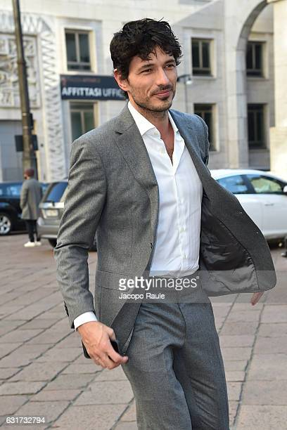 Andres Velencoso arrives at the Salvatore Ferragamo show during Milan Men's Fashion Week Fall/Winter 2017/18 on January 15 2017 in Milan Italy
