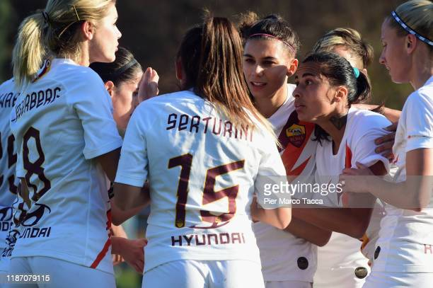 Andressa Alves Da Silva of AS Roma Women celebrates with her teammates her first goal during the Women Serie A match between FC Internazionale and AS...