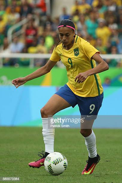 Andressa Alves of Brazil controls the ball during the Women's Group E first round match between Brazil and China PR during the Rio 2016 Olympic Games...