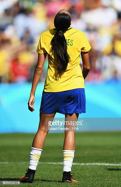 Andressa Alves of Brazil looks dejected during the Olympic Womens Semi Final Football match between Brazil and Sweden at Maracana Stadium on August...