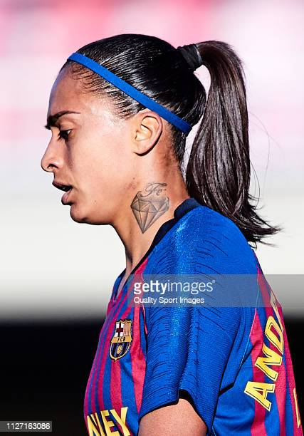 Andressa Alves of FC Barcelona looks on during the Iberdrola Women's First Division match between FC Barcelona and Fundacion Albacete at the Mini...