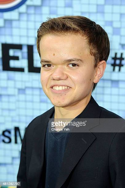 Andrew Bambridge attends 'Pixels' New York premiere at Regal EWalk on July 18 2015 in New York City