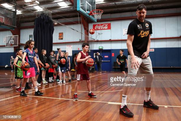 Andrew Bogut of the Sydney Kings talks to young basketballers during a Sydney Kings Super Clinic at Bankstown Basketball Stadium on August 19 2018 in...