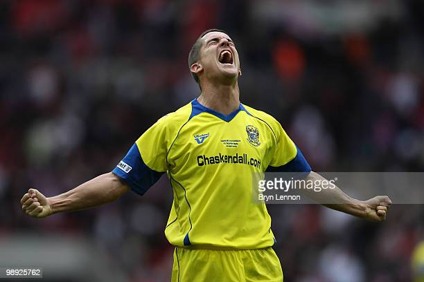 Andrew Bond of Barrow celebrate after his team win the FA Carlsberg Trophy Final between Barrow and Stevenage Borough at Wembley Stadium on May 8,...