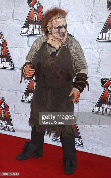 Andrew Bryniarski as Leatherface from 'The Texas Chinsaw Massacre'