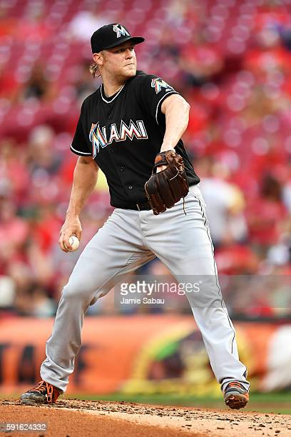 Andrew Cashner of the Miami Marlins pitches in the second inning against the Cincinnati Reds at Great American Ball Park on August 17 2016 in...