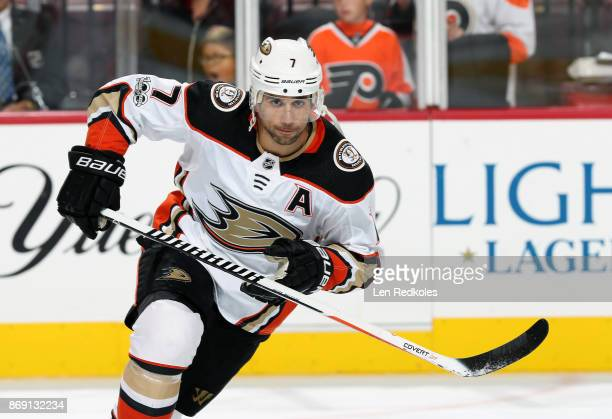 Andrew Cogliano of the Anaheim Ducks warms up against the Philadelphia Flyers on October 24 2017 at the Wells Fargo Center in Philadelphia...