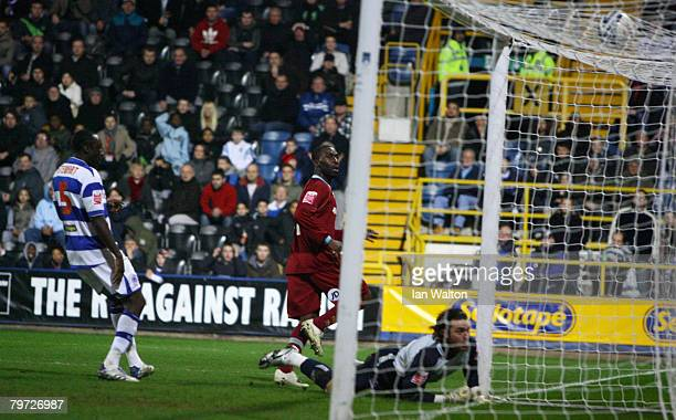 Andrew Cole of Burnley scores a goal during the Coca Cola Championship match between Queens Park Rangers and Burnley at Loftus Road on February 12...