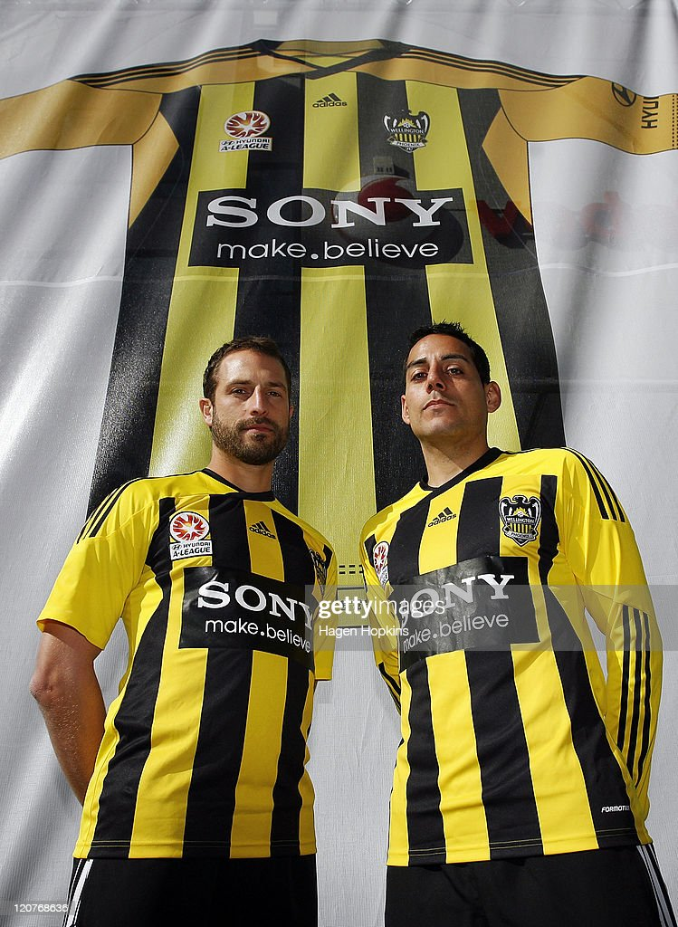 Wellington Phoenix Unveil A-League Kit