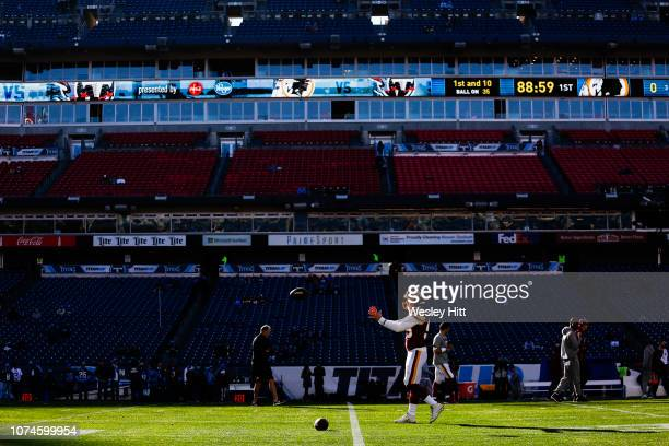 Andrew East of the Washington Redskins warms up on the field before playing the Tennessee Titan at Nissan Stadium on December 22 2018 in Nashville...