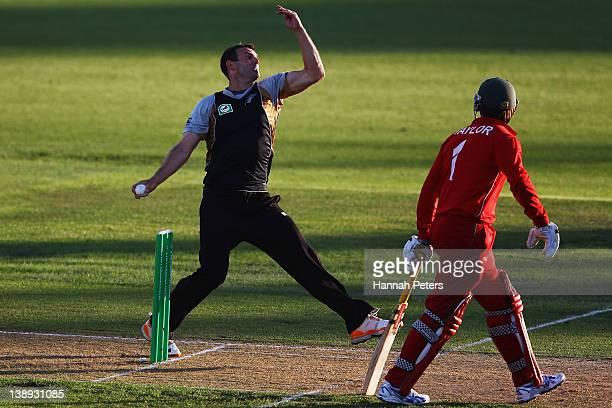 Andrew Ellis of New Zealand bowls during the second International Twenty20 match between New Zealand and Zimbabawe at Seddon Park on February 14 2012...