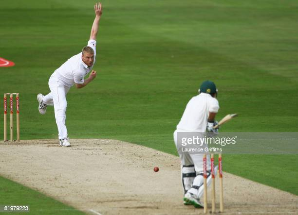 Andrew Flintoff of England bowls to Neil McKenzie of South Africa during day one of the Second Test match between England and South Africa at...