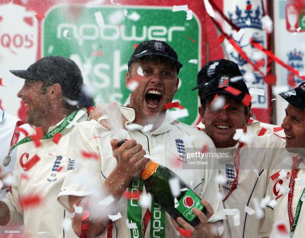 Fifth Test: England v Australia - Day Five : News Photo