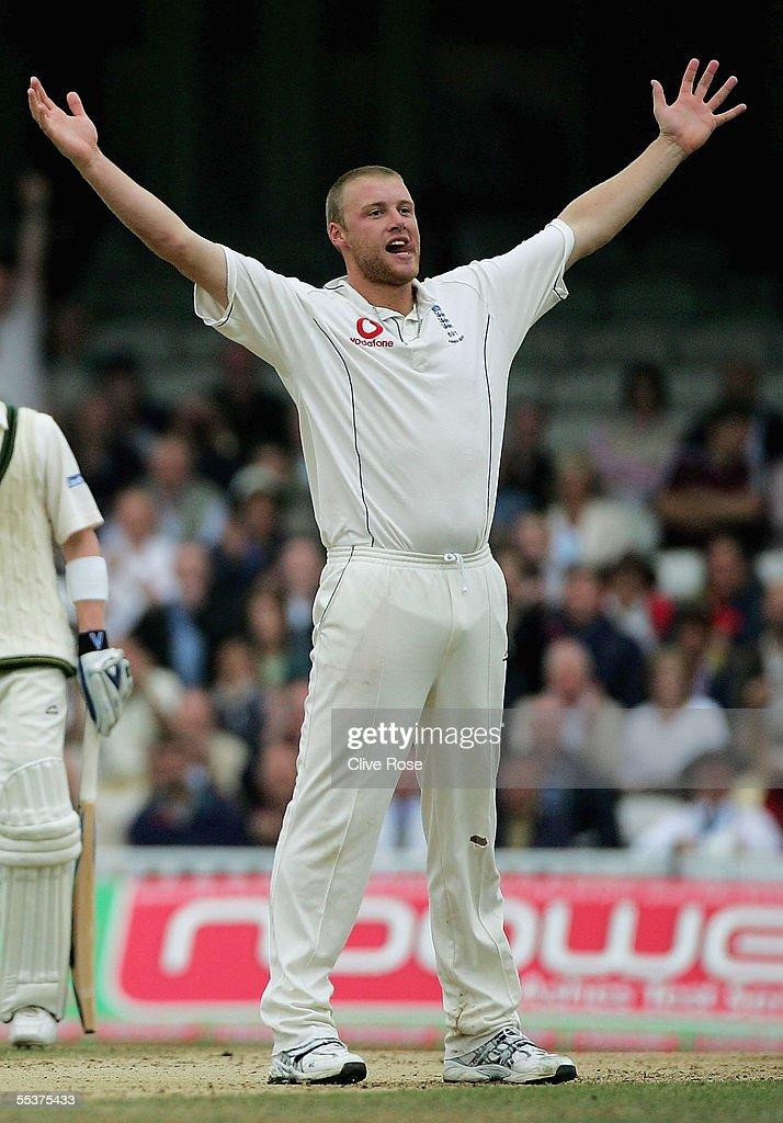 Fifth Test: England v Australia - Day Four : ニュース写真