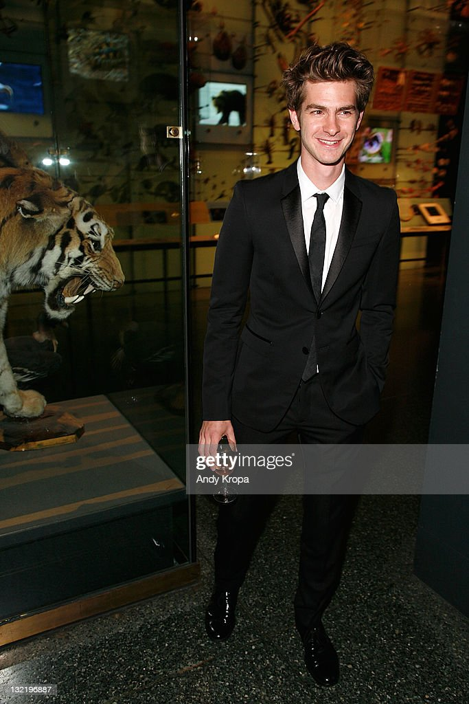Andrew Garfield attends the 2011 American Museum of Natural History gala at the American Museum of Natural History on November 10, 2011 in New York City.