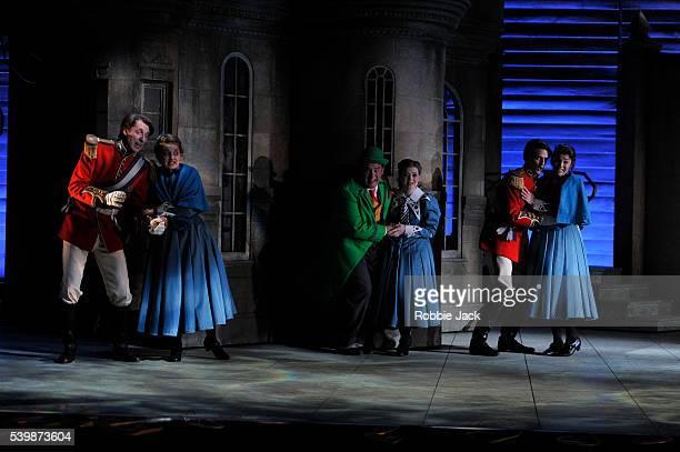 Andrew Glover as Le Chevalier de Bergerac Katie Bray as Emma Robert Murray as Valentin/Vert Vert Fflur Wyn as Mimi Quirijn de Lang as Le Comte...