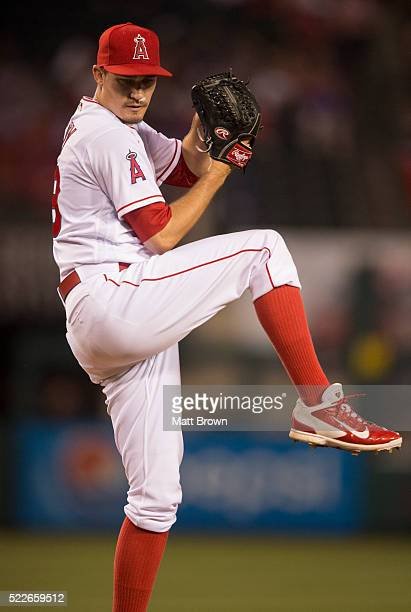 Andrew Heaney of the Los Angeles Angels of Anaheim pitches during the game against the Chicago Cubs at Angel Stadium of Anaheim on April 5 2016 in...