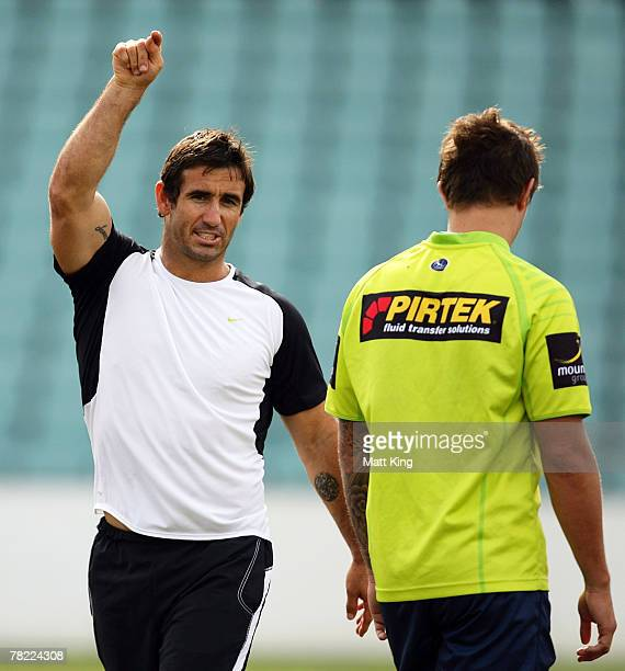 Andrew Johns talks to Tim Smith of the Eels during a Parramatta Eels training session at Parramatta Stadium on December 4, 2007 in Sydney, Australia....