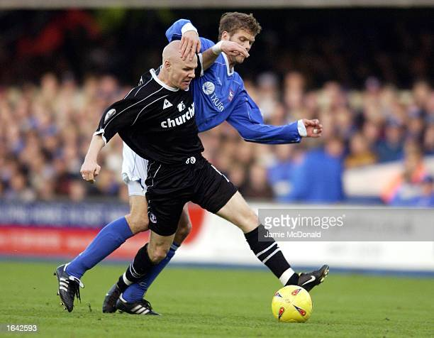 Andrew Johnson of Crystal Palace uses his strength to hold the ball up against Hermann Hreidarsson of Ipswich Town during the Nationwide League...