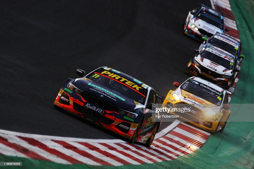 Kwik Fit British Touring Car Championship - Brands Hatch : News Photo