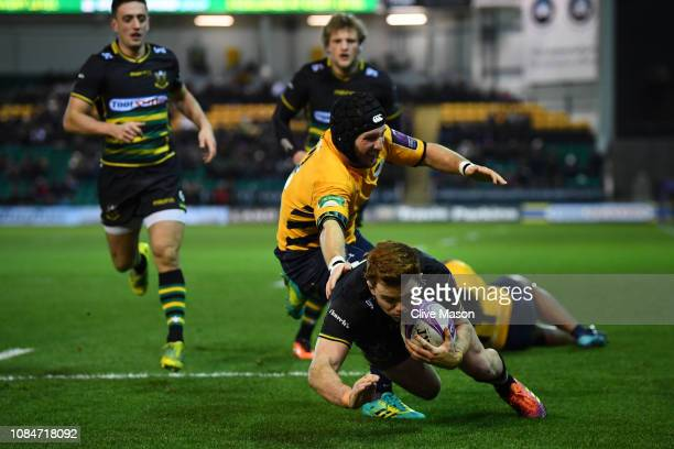 Andrew Kellaway of Northampton Saints touches down for the sixth try during the Challenge Cup match between Northampton Saints and Timisoara Saracens...