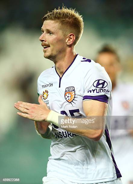 Andrew Keogh of Perth celebrates scoring a goal during the round 10 ALeague match between Sydney FC and Perth Glory at Allianz Stadium on December 4...