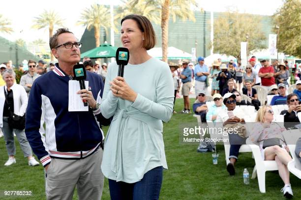Andrew Krasny and former champion Lindsay Davenport analyze the brackets at the women's singles draw ceremony during the BNP Paribas Open at the...