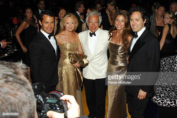 Andrew Lauren, Ricky Lauren, Ralph Lauren, Dylan Lauren and David Lauren attend The 2007 CFDA Fashion Awards at The New York Public Library on June...