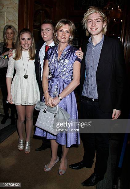 Andrew Lloyd Webber Family Isabella Alastair his wife Madelaine and William attend the press night for Wizard Of Oz at the London Palladium on March...